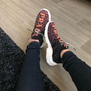 Flash sale!! ❤️❤️💥Prada Sneakers -36.5